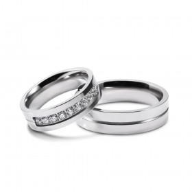 Silver Couple Rings with Cubic Zirconia Inlaid in Stainless/Titanium Steel