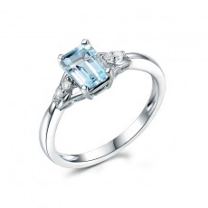 Light Blue Topaz Promise Rings for her in Sterling Silver