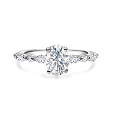 Oval Cut Engagement Ring in 925 Sterling Silver