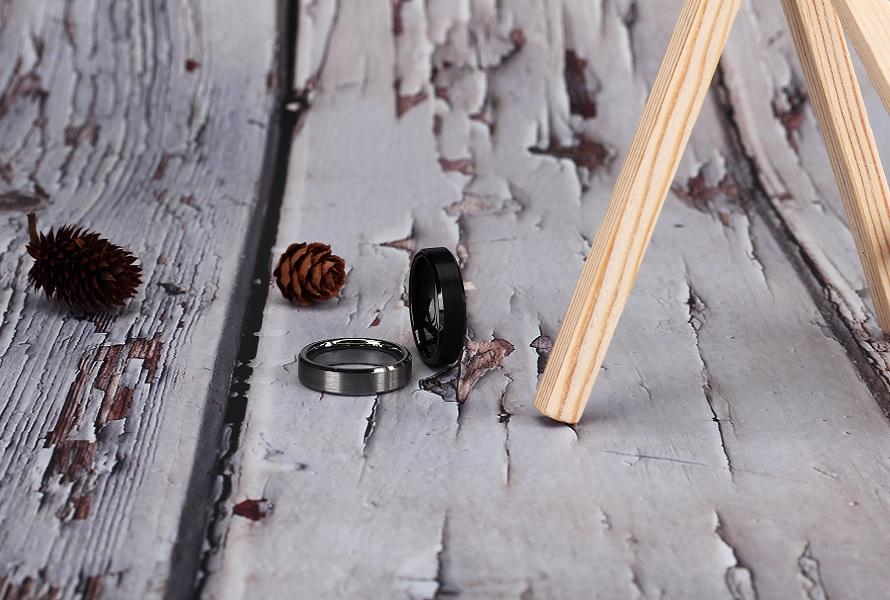 Titanium vs Stainless Steel Rings: What's the difference?
